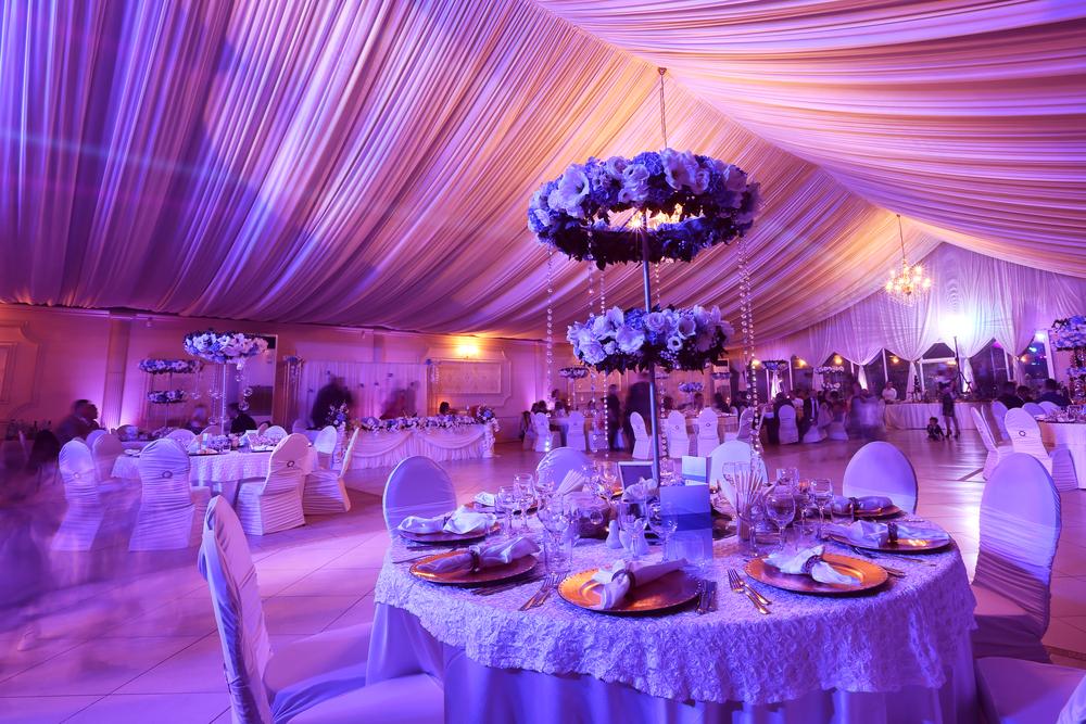 Máy khuếch tán tinh dầu cho tiệc cưới, hội nghị